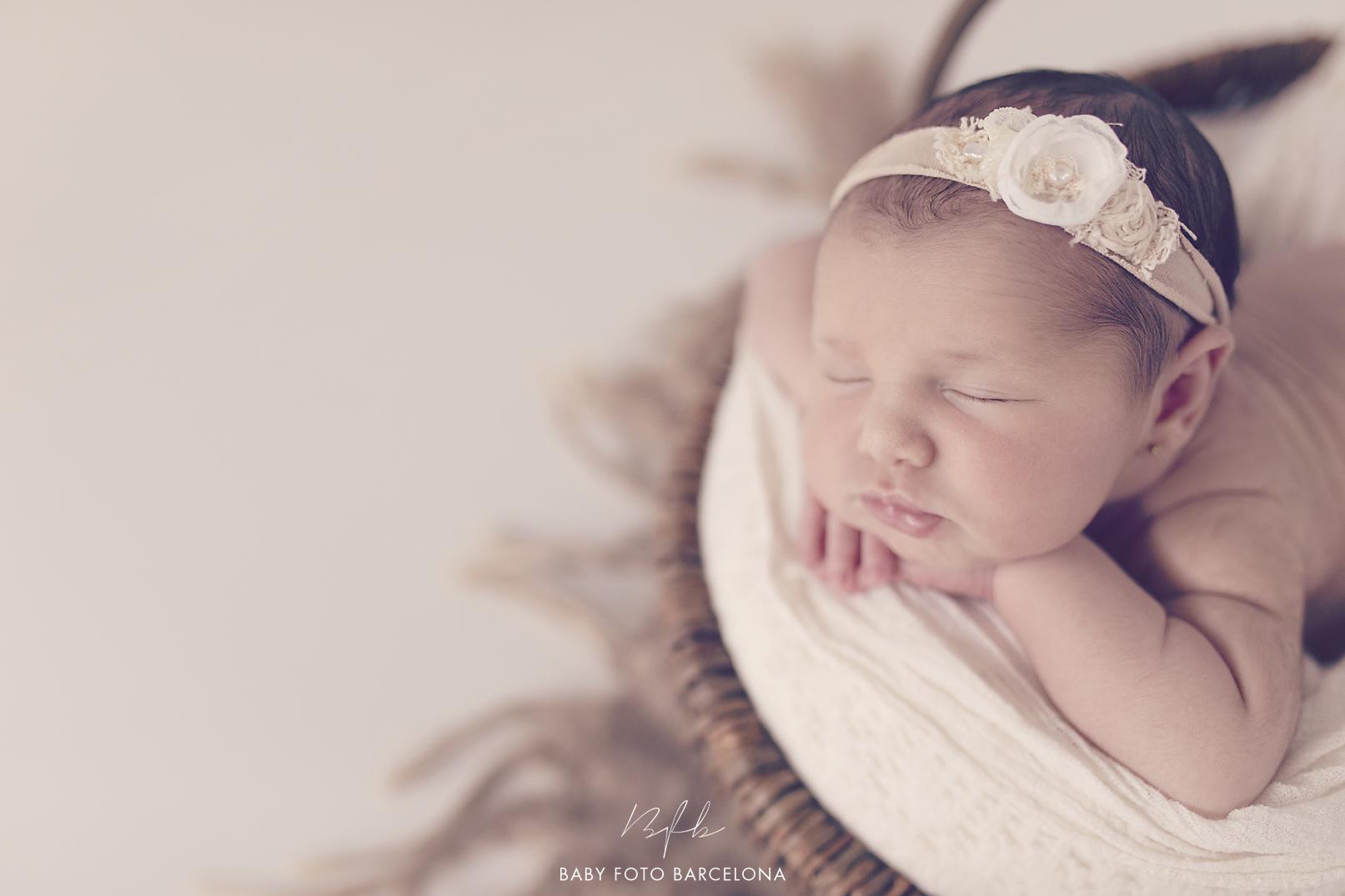 Baby Foto Barcelona - Sesión Newborn (recién nacido) / Sessió nounats